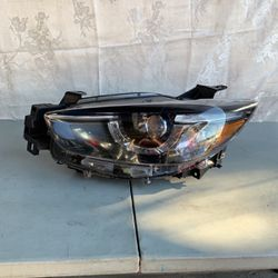 Mazda CX-5 2015-2016 Driver Side Headlight OEM for Sale in Hawthorne,  CA