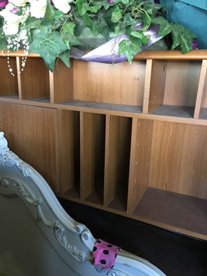 Small Book shelf for Sale in Arvin, CA