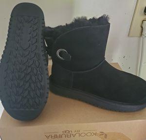 Black Short Koolaburra by Ugg boots size 5 for Sale in Renton, WA