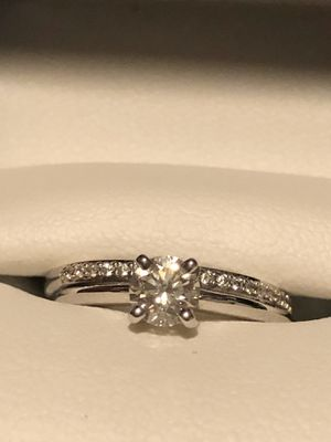 Wedding ring w/ engagement band. Never worn for Sale in Bremerton, WA