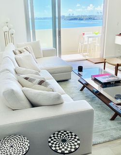 Maestro Sectional Sofa & Left Chaise Lounge for Sale in Miami,  FL