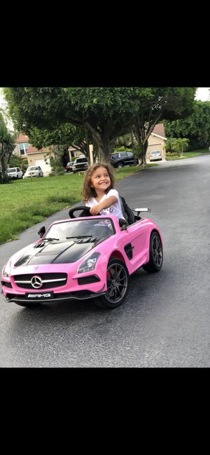 Remote Control ride on Mercedes *hot pink* for Sale in Boca Raton, FL