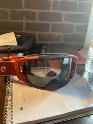 Supreme red fox vue racing goggles SS18 for Sale in Greensboro, NC