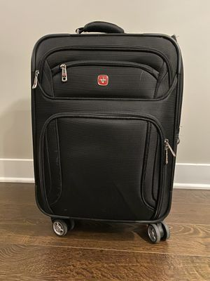 Good Condition Swiss Gear Rolling Carry On Luggage Bag for Sale in Lisle, IL