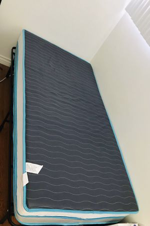 Mattress bed - TWIN SIZE for Sale in Los Angeles, CA