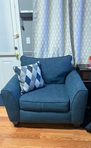 Oversized Chair for Sale in Alexandria, VA