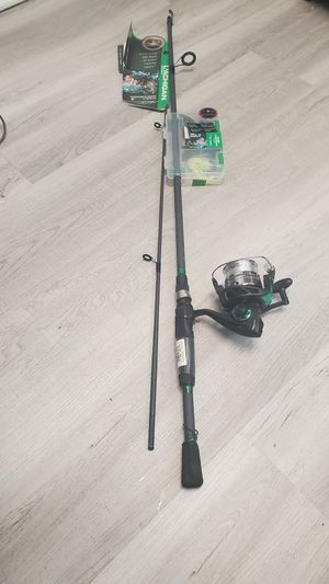 Ready 2 Fish Bass Spin Combo with Kit for Sale in Des Plaines, IL