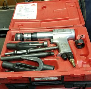 MAC TOOLS AIR HAMMER KIT for Sale in Andover, MA