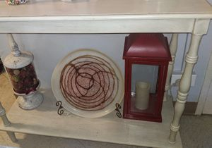 $50 Cream Entry/console table for Sale in White Plains, NY