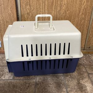 Plastic Carrier Dog Crate for Sale in Fairfield, CA