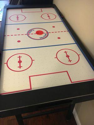 Air hockey table for Sale in Cedar Park, TX