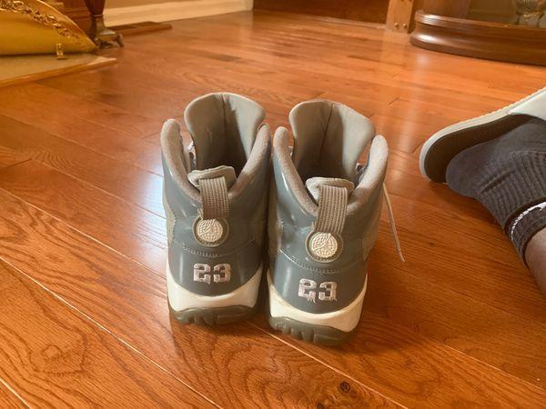 Air Jordan Cool Grey 9s