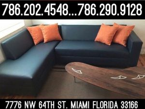 Black sectional couch never used for Sale in Miami Springs, FL