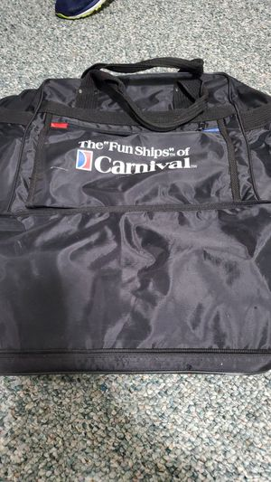 2 Duffle bags for Sale in Bowie, MD