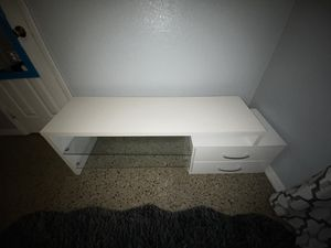 White modern tv stand for Sale in Orlando, FL