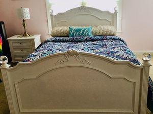 Full bed room set for Sale in Ashburn, VA