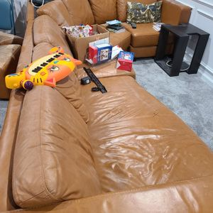 Leather Sectional for Sale in Upper Marlboro, MD