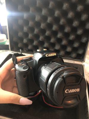 Canon XSI DSLR Camera with lenses for Sale in Chicago Ridge, IL