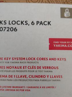 Yakima Keelover Canoe Brackets With Key for Sale in Boise,  ID