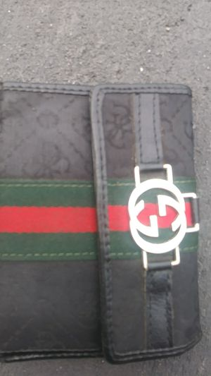 Real Gucci Luxury Wallet for Sale in Tampa, FL