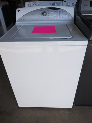 (2017) WASHER MACHINE for Sale in Mableton, GA