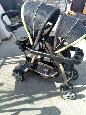 Double stroller for Sale in Morrow, GA