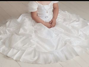 Flower girl dress size 3T 💙💙💚 for Sale in San Diego, CA