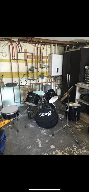 Stagg 5 piece drum set for Sale in Brooklyn, NY
