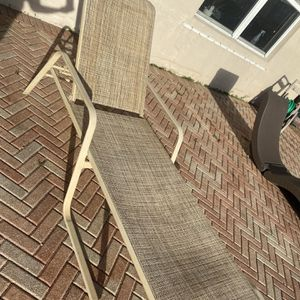 """Outdoor lounge chair 77"""" x 24"""" for Sale in Hollywood, FL"""