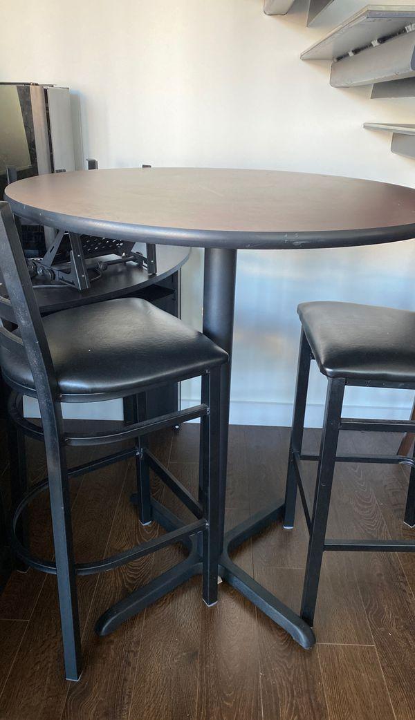 High Bar Table w/ 4 high chairs OBO
