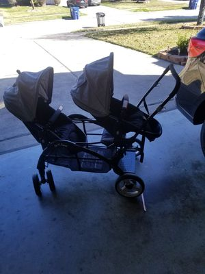 Sit and stand double stroller for Sale in Sugar Land, TX