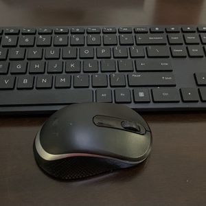 Wireless Keyboard And Mouse for Sale in Queens, NY