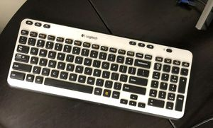 Keyboard for Sale in LAUD BY SEA, FL