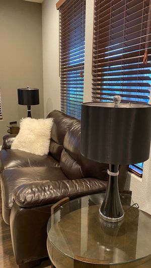 Console table and two end tables and lamps for Sale in Citrus Heights, CA
