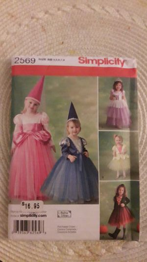 Girls costume pattern for Sale in Garden Grove, CA