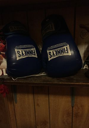 Boxing gloves for Sale in Columbia, IL
