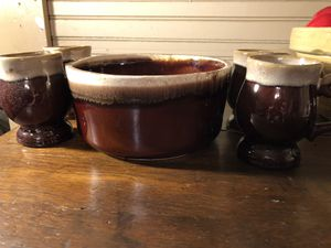Vintage Hull Pottery for Sale in Gadsden, AL