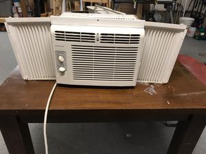 Frigidaire ac for Sale in Tacoma, WA