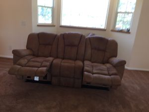 Couch recliner for Sale in Aurora, CO