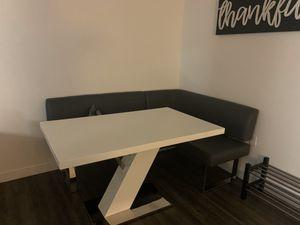 Breakfast nook table for Sale in Homestead, FL