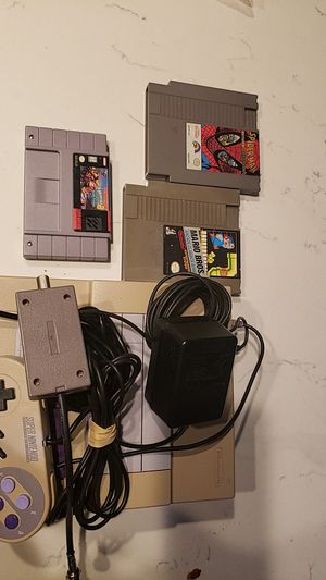 Super nintendo console and games for Sale in Las Vegas, NV