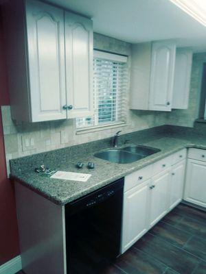 Sale!Entire kitchen set Cabinets appliances granite for Sale in Tampa, FL