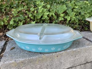 Vintage Pyrex turquoise divided casserole for Sale in Chino Hills, CA