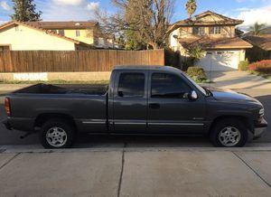2001 Chevy Silverado for Sale in Moreno Valley, CA