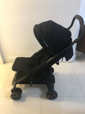 Nuna Stroller with Accessories - Like New for Sale in Doral, FL