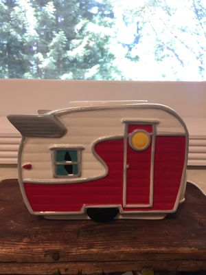 Trailer / RV Scentsy Burner (with extras!) for Sale in Bonny Doon, CA