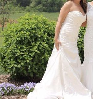Wedding dress for Sale in Irving, TX