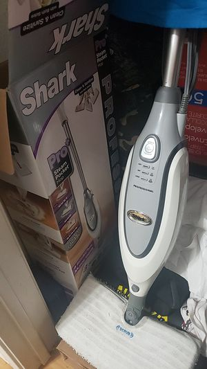 Shark Pro Steam Pocket Mop for Sale in Austin, TX