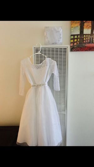 White Dress Size:16 for Sale in Paramount, CA