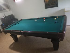 Pool table for Sale in Triangle, VA